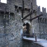 [スイス篇]  ベリンツォーナ(6) モンテベッロ城へ